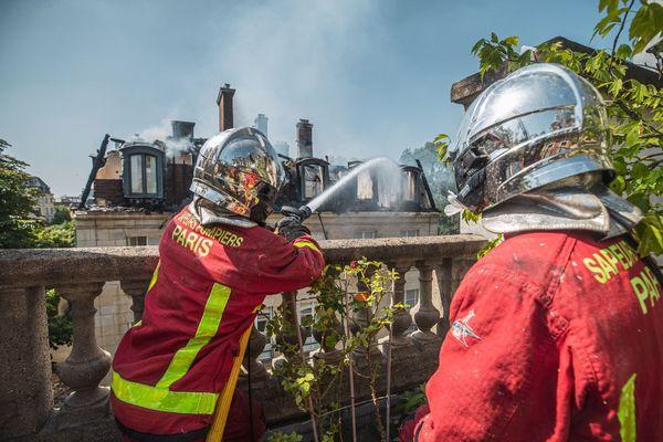 Environ 80 pompiers ont été mobilisés.