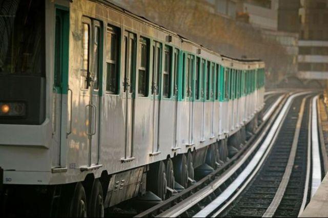 On vous dit pourquoi le RER et le métro ne roulent pas dans le même sens