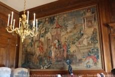 Lustre André-Charles Boulle représentant les âges de la vie et tapisserie de Beauvais