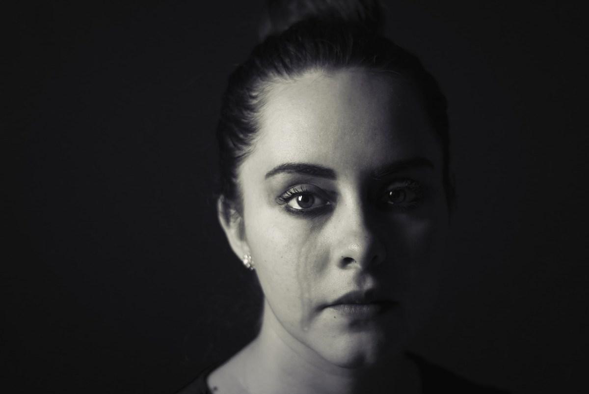 面接で泣く…アラサー女子の傾向と対策