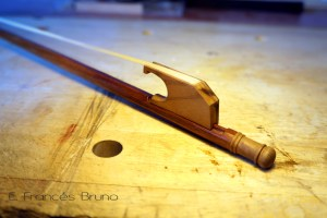 Eduardo frances bruno luthier baroque viola bow long sonata nut