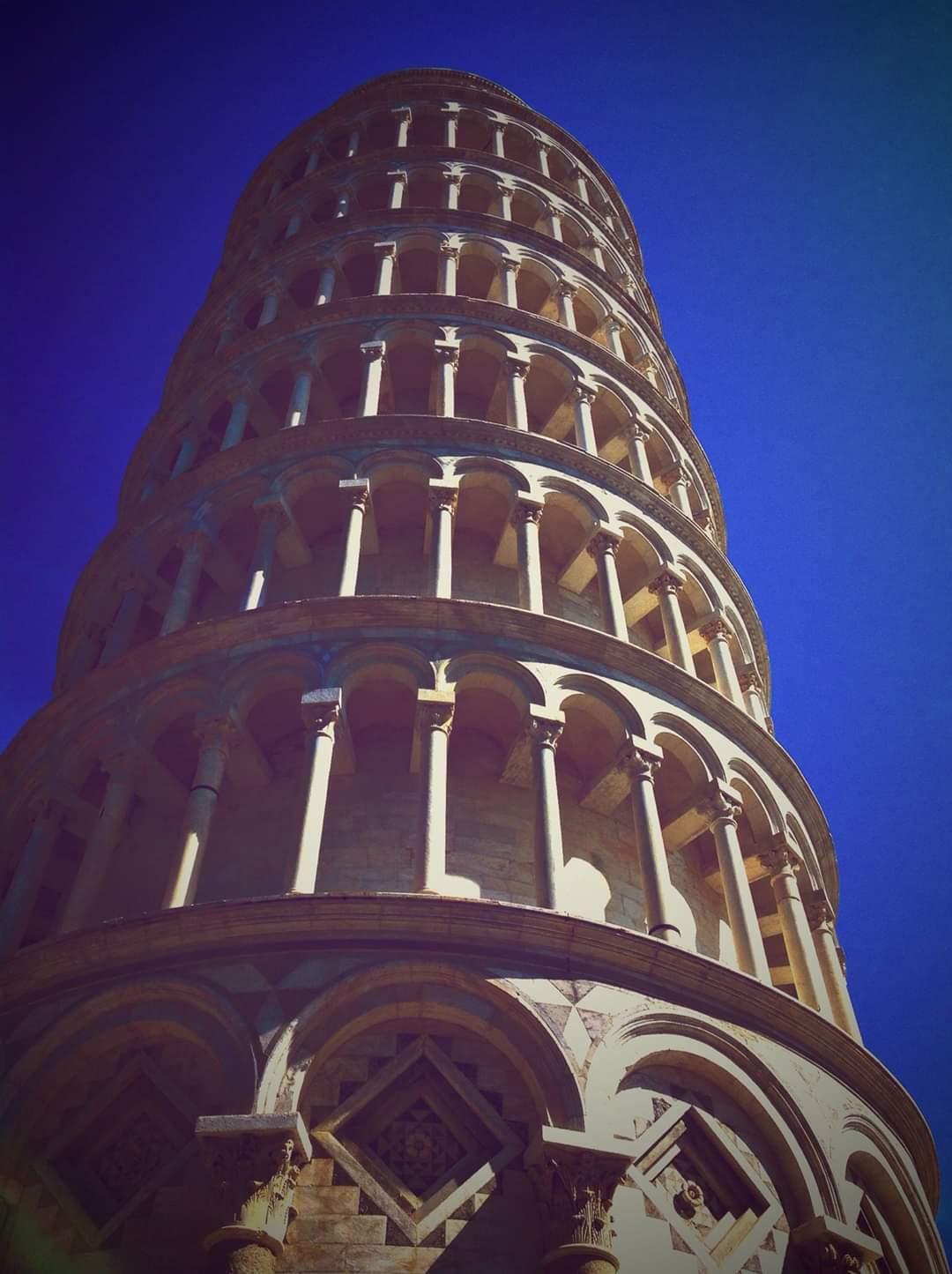 Particolare di Piazza dei miracoli, Pisa. Foto Francesca Cinus - Rivelatrice di Comunità