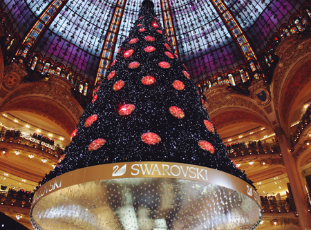 Swarovski Christmas tree in Paris, from below