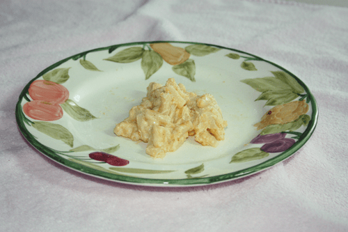 plate of macaroni cheese