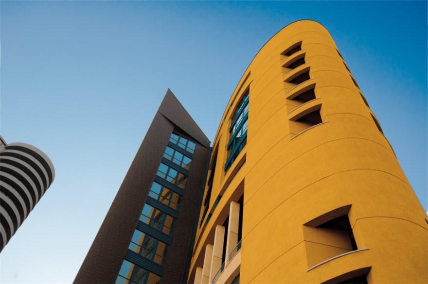 DM1_building02