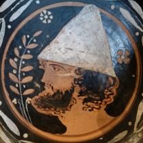 Man_pilos_Louvre_MNE1330