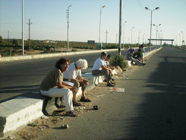 Protestors at the Rafah Gate. IMORB. June 2009