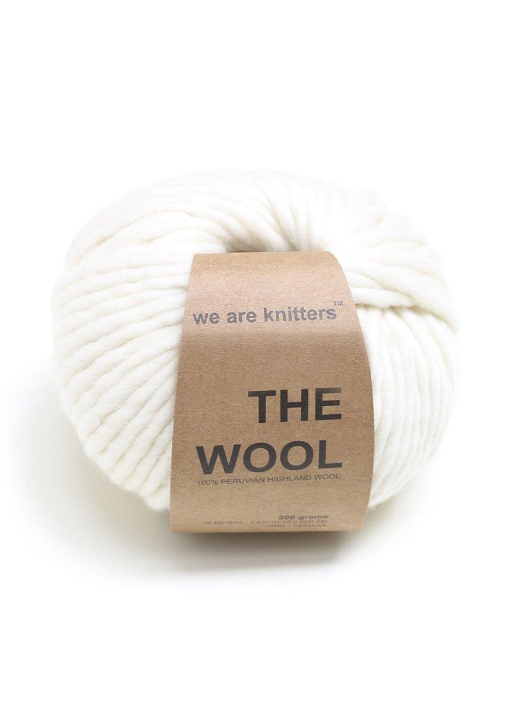 wool-yarn-balls-knitting-natural
