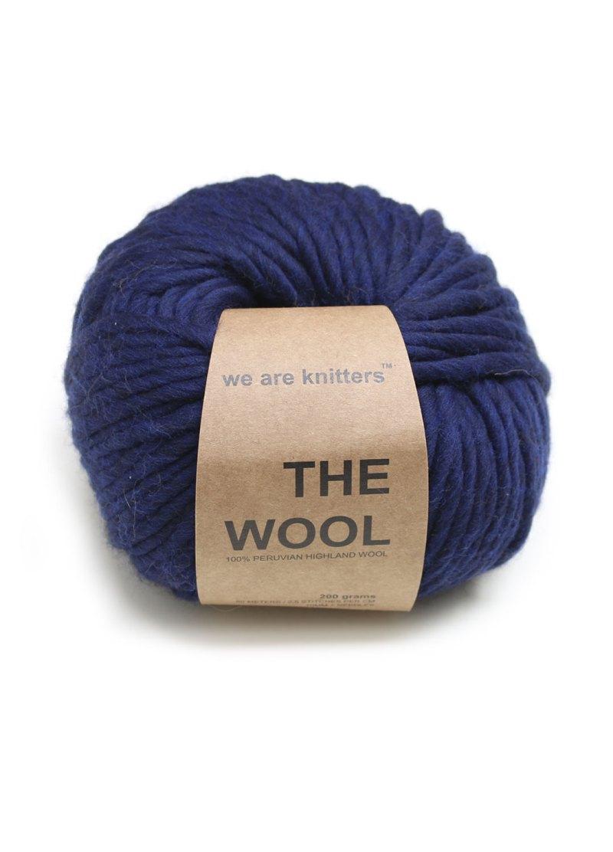 wool-yarn-balls-knitting-navy-blue