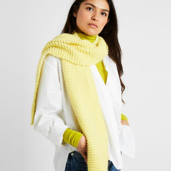 Smith scarf chalk yellow
