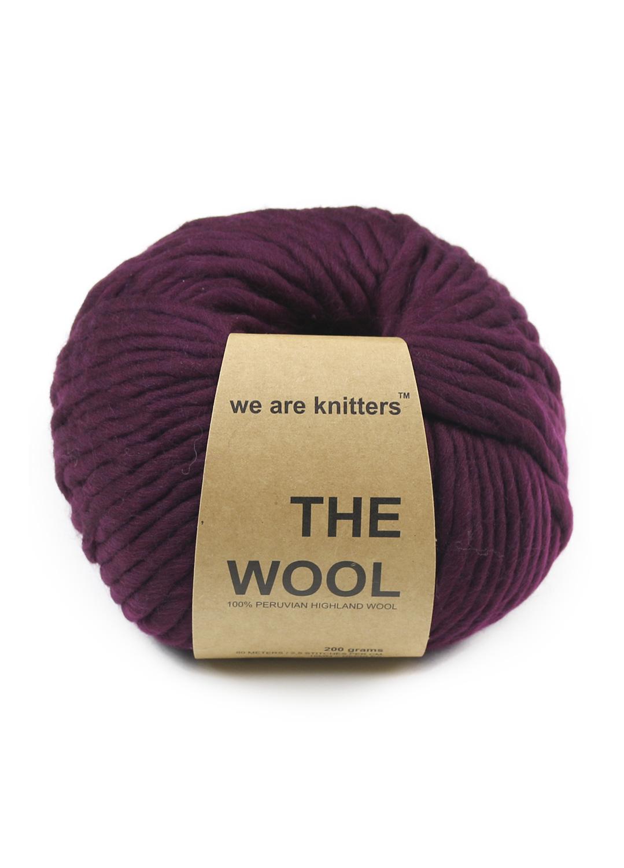 wool-yarn-balls-bordeaux-1