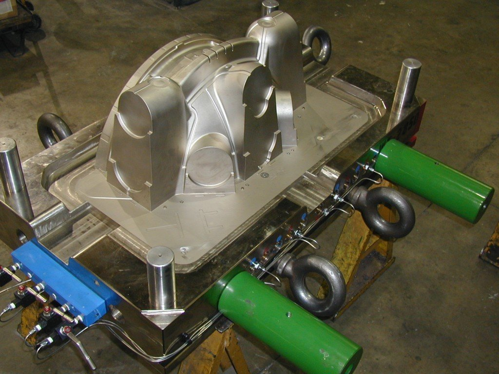 Plastic Injection Molds, Plastic Injection Mold, Gas Assist Mold, Construction Inudstry