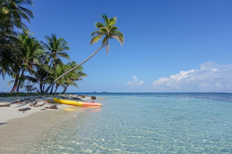 millionnaire franchise île paradisiaque