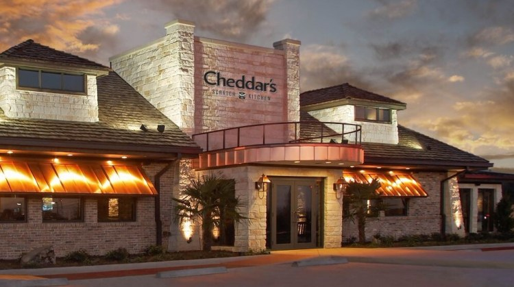 Cheddar's Scratch Kitchen Exterior Building
