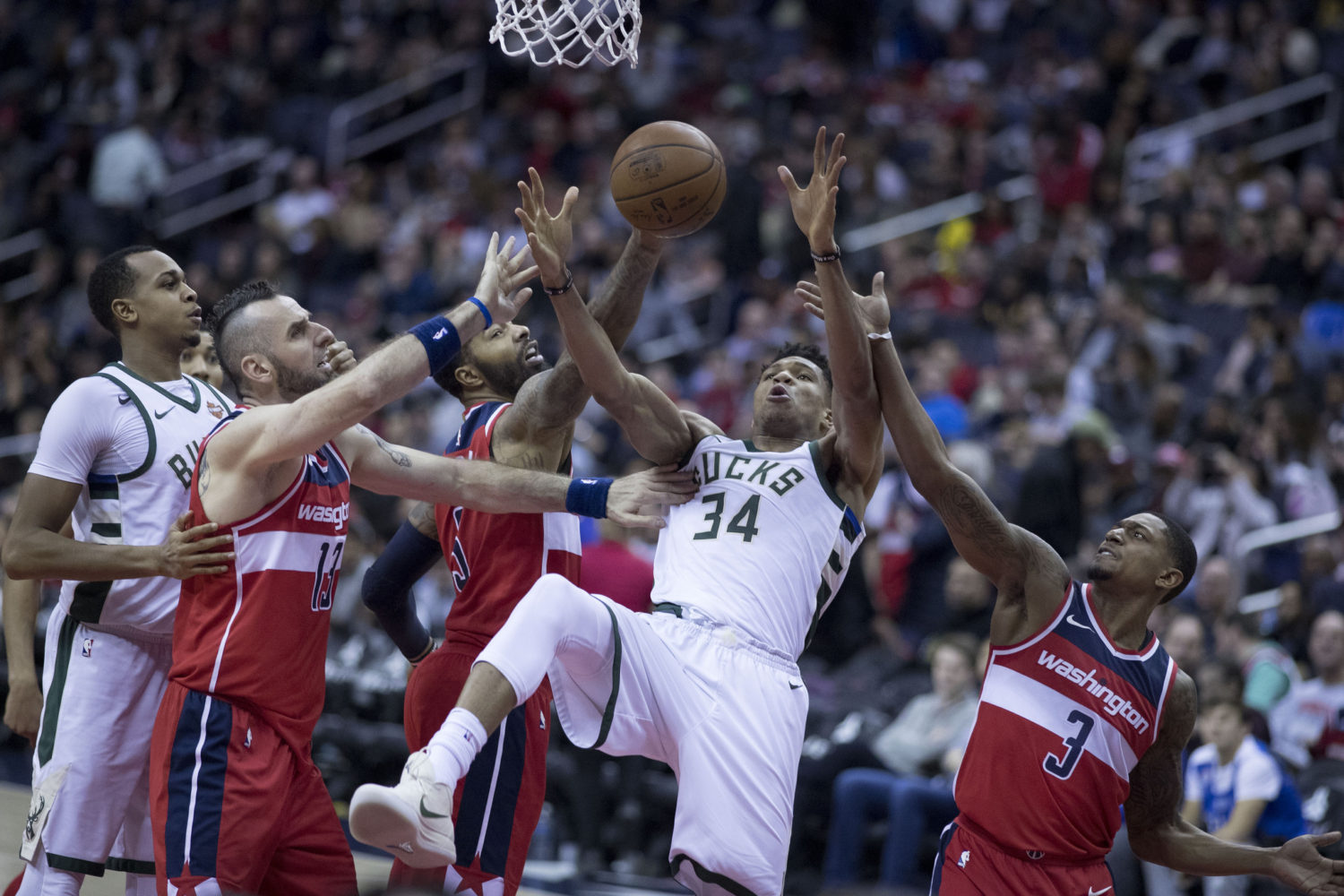 Giannis Antetokounmpo at Wizards