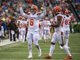 Baker Mayfield celebrates on field