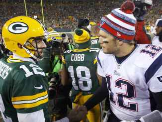 Brady and Rodgers shake hands post game