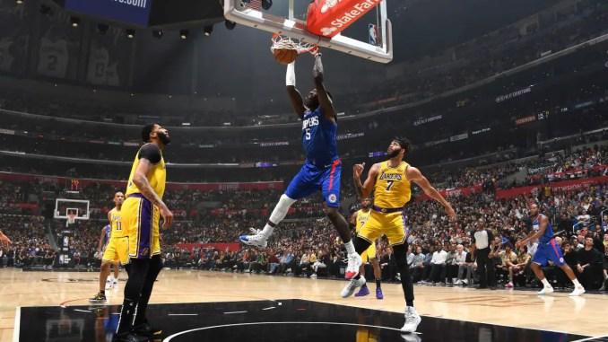 Montrezl Harrell dunks vs the Lakers