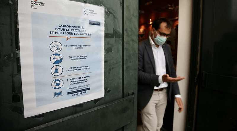 Francia hace obligatorio el uso de máscaras en espacios cerrados