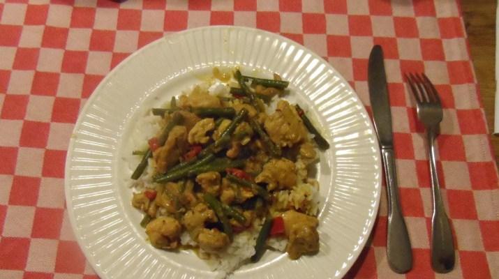 Kippendijtjes-in-rode-curry_8424