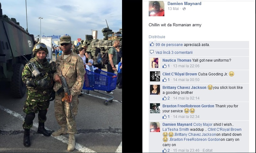 Soldat-american-alaturi-de-un-soldat-roman