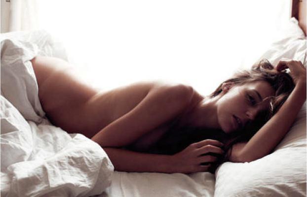 sleep_naked