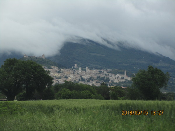 Approaching Assisi