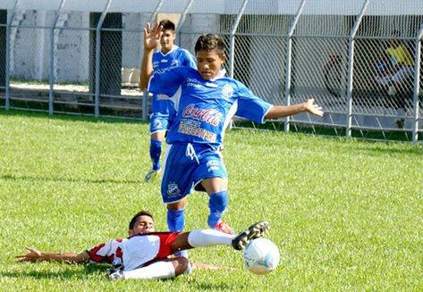 Lance-jogo-Penarol-Amazonense-Junior_ACRIMA20131009_0012_15