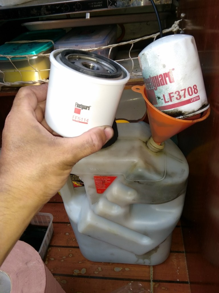 filtre huile bateau