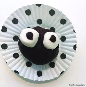 Vegan Halloween Cakeballs