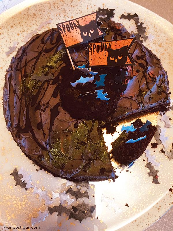 Halloween Cake cut