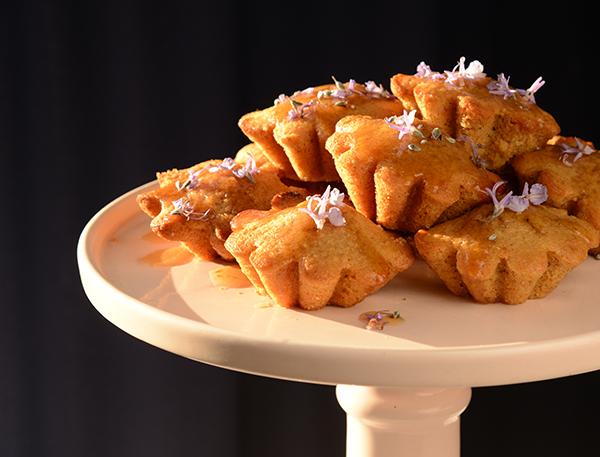 Kawakawa Tea Cakes close up