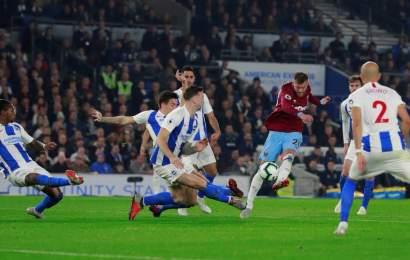 """West Ham, sin """"Chicharito"""", Cae ante Brighton en la Premier League"""