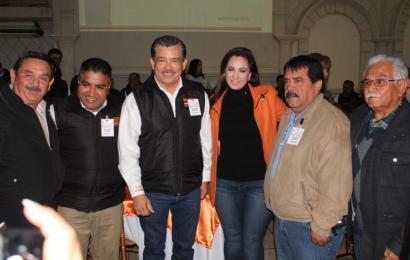 Reafirma Noemy González su Apoyo a la Educación