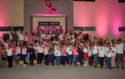 Inician Actividades por la Lucha Contra el Cancer de Mama