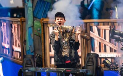 US Teen Wins $3 M at video game tournament Fortnite World Cup at Arthur Ashe Stadium NYC