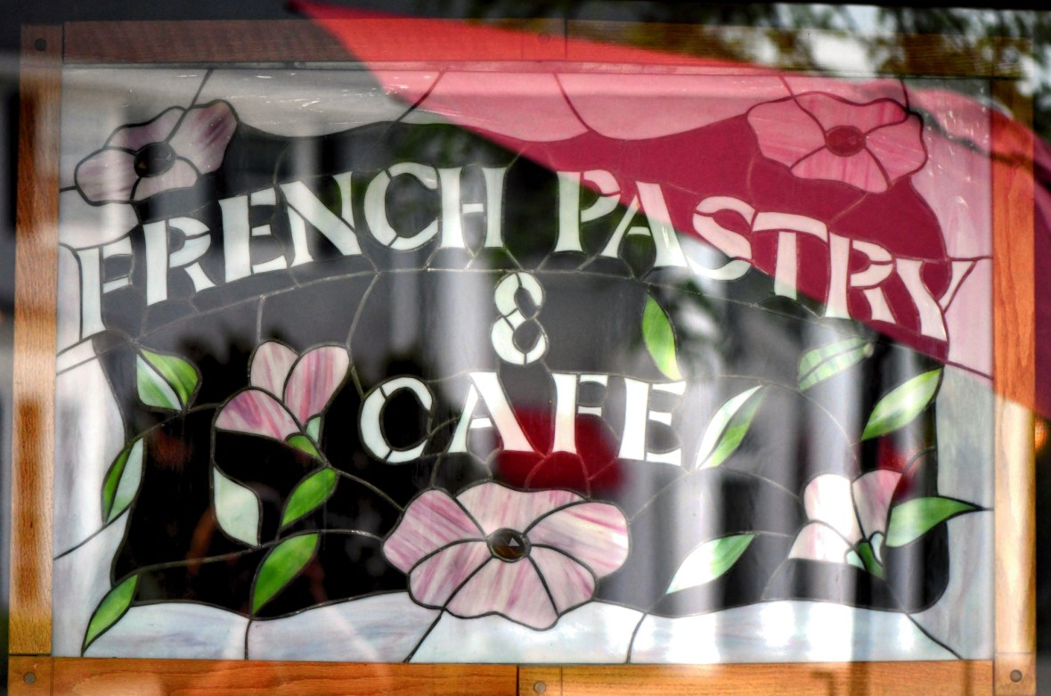 French pastry & cafe