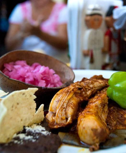 tradicional cochinita pibil en Merida Yucatán
