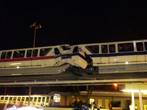 art_monorail_disney_cnn