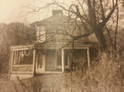 MSMC Archive photograph of Lonergan homestead in 1832. Photo by Rosemary Irvine