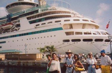 Cruise ship to the Bahamas