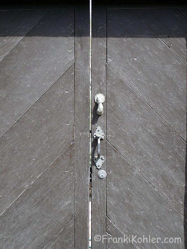 04-30-Door-14-detail