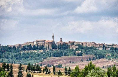 Pienza seen from the Val d'Orcia