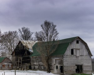 35mm Project: Sun is sometimes hard to come by during the winter months in upstate NY. I found this tired old barn in the Westmoreland, NY