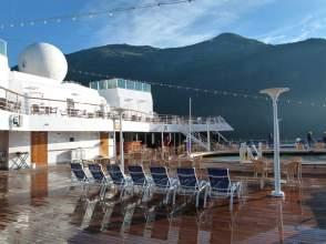 Sea View Pool auf dem Lido Deck der MS Zaandam (c) Frank Koebsch
