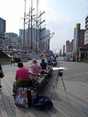 Malreise Hamburg - Windjammer und die Silhouette der Hafencity (c) Frank Koebsch