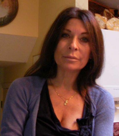 Toni Natalie