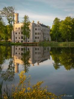 Schloss Fischbach erkundenden