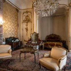 Blick in das gemeinsame Schlafzimmer des letzten Kaiserpaars