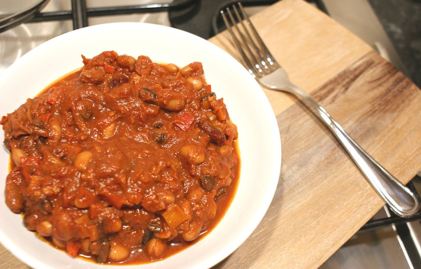 spicy veggie bean chilli